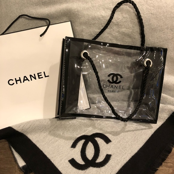 145d6dceccc4 CHANEL Bags | Authentic Nwot Clear Makeup Tote Bag | Poshmark
